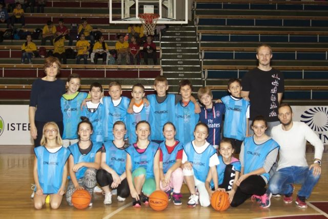 Mini_basketbal_3.12.2015_Z_Bystrick
